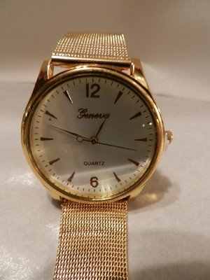 Damen Armbanduhr weißes Ziffernblatt Quartz Gold - NEU