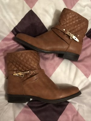 Damen Boots Schuhe braun Gold gefüttert 40 neu