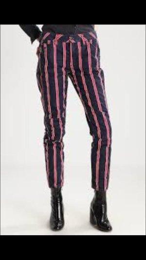 Damen Boyfriend Jeans 3D by Pharrell Williams