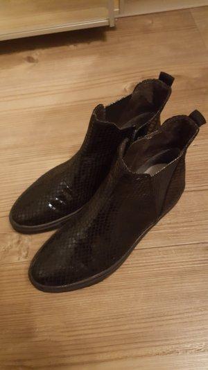 Tamaris Chelsea laarzen zwart