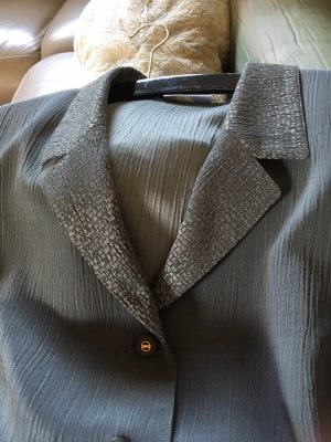 Blazer largo gris verdoso