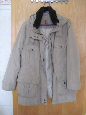 Damen Jacke/  Damenjacke / Winterjacke von Gil Bret, Gr. 46, hellbraun