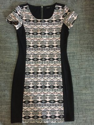 Damen Kleid von Vila in Gr. M passt aber für eine S 38