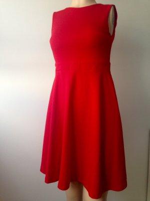 Robe de cocktail rouge