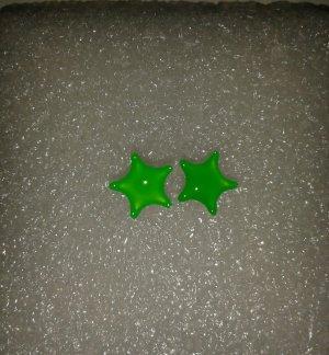 Ear stud neon green