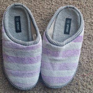 Pantofola da casa grigio