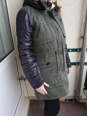 Vero Moda Manteau matelassé noir-vert foncé tissu mixte
