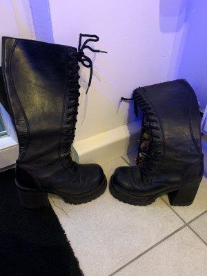 Botas con cordones negro