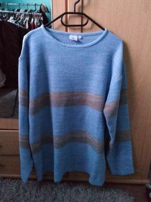 Pull en crochet bleu azur