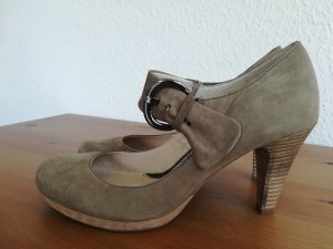 Mark Adam Strapped pumps khaki suede