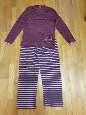 Pijama burdeos