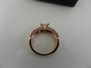 Anello di fidanzamento color oro rosa-bianco