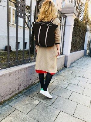 Damen Rucksack Tragerücksack Leder SCHWARZ Handtasche neu 2 in 1