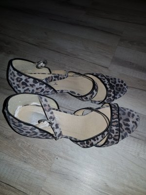 damen Sandaletten Größe 40
