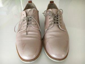 AGL Zapatos brogue rosa empolvado Cuero