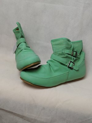 Muse Slouch Booties mint