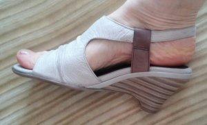 Damen Schuhe Leder Sandalen Gr.38 in Beige von Tamaris