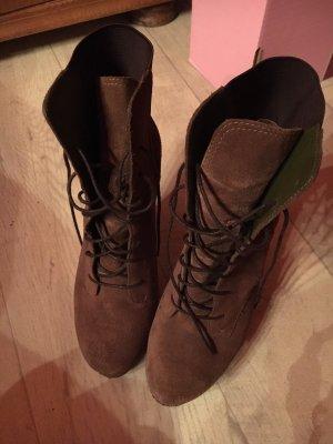 Damen Schuhe von Esprit in der 37.