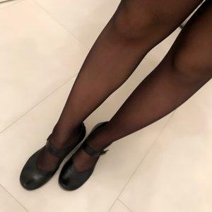 Chaussure à talons carrés noir cuir