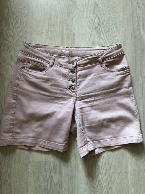 Short en jean rosé