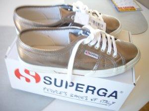 Damen Sneakers Superga 2750 Cotmetu Gr. 42 (FALLEN KLEINER AUS WIE GUT 41)