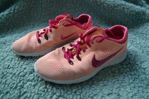 Nike Sneaker stringata viola-salmone
