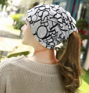 Knitted Hat silver-colored-black
