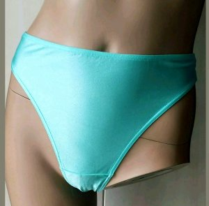 Bas turquoise