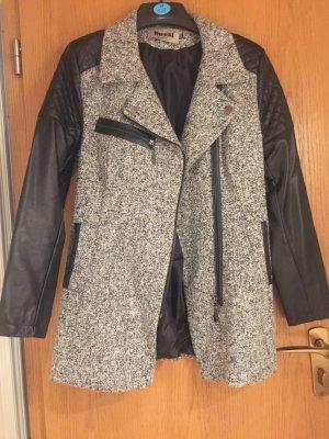 Cappotto in eco pelliccia grigio chiaro