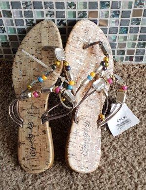 Sandalias con talón descubierto marrón claro