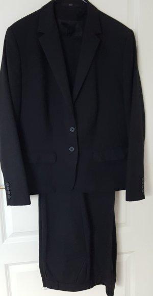 Greiff Suit black