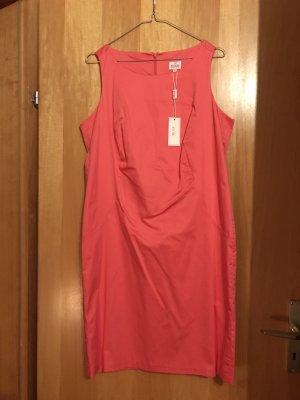 Damenetuikleid *Milano, tolle Farbe, neu*
