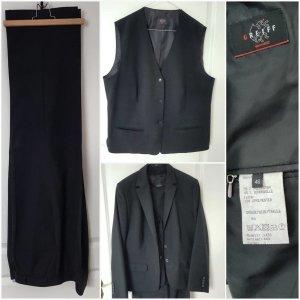 Damenhosenanzug in schwarz als Dreiteiler