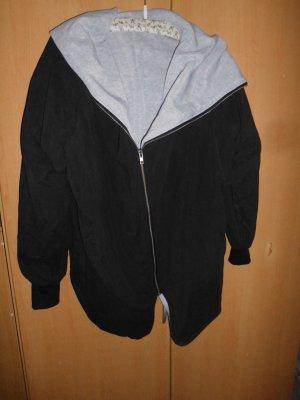 Giacca con cappuccio nero-grigio