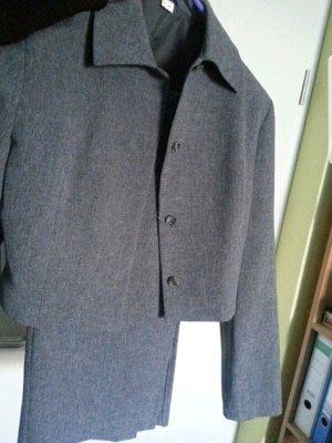 Tailleur gris-gris anthracite
