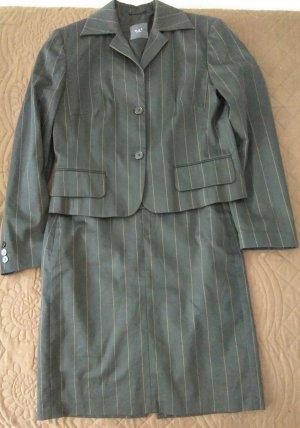 Damenkostüm Klassischer Anzug Oui gr. 36 neu