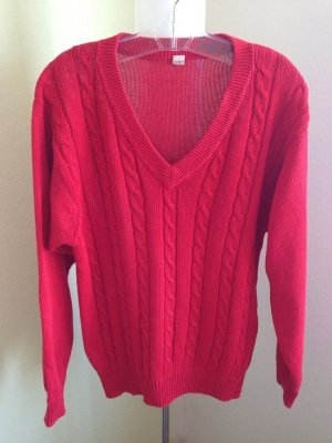 V-Neck Sweater red