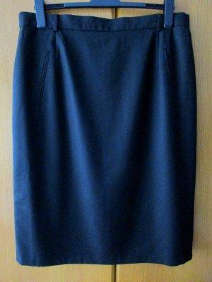 Damenrock schwarz Schurwolle Wolle Wollrock wadenlang Gr. 50