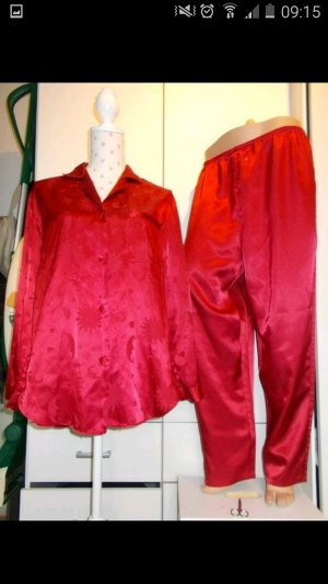 Set lingerie rosso