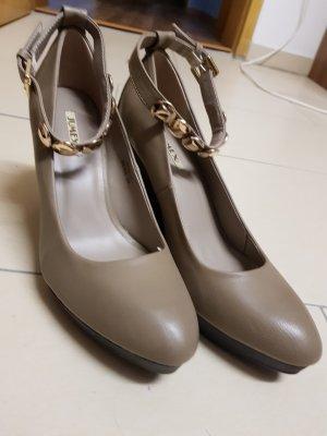 Platform High-Heeled Sandal grey
