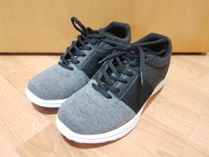 Damenschuhe Freizeitschuhe Sneaker Halbschuhe Justfab Gr. 39 grau schwarz