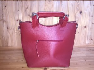 Crossbody bag carmine leather