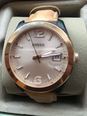 Fossil Watch With Leather Strap multicolored leather