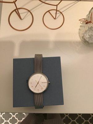 Skagen Montre avec bracelet métallique gris clair-brun sable