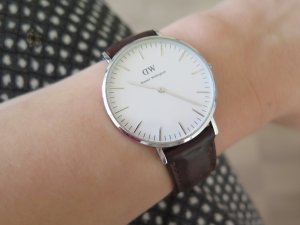Daniel Wellington Watch With Leather Strap multicolored leather