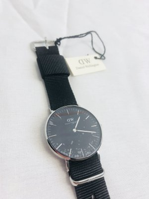 Daniel Wellington DW00100151 Damenuhr Dapper Black