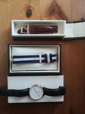 Daniel Wellington Watch With Leather Strap rose-gold-coloured-gold-colored