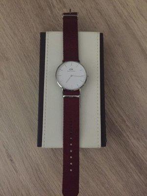 Daniel Wellington Horloge met lederen riempje wit