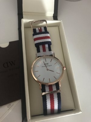 Daniel Wellington Uhr 40mm Weiß Rot Blau
