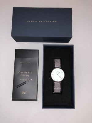 Daniel Wellington Watch With Metal Strap silver-colored-white